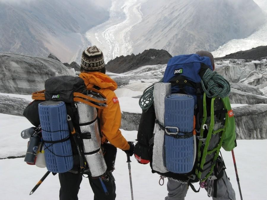 R-Value 3.1 + lightweight + durable = must have alpine gear