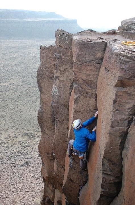 Climbing in Atom MX