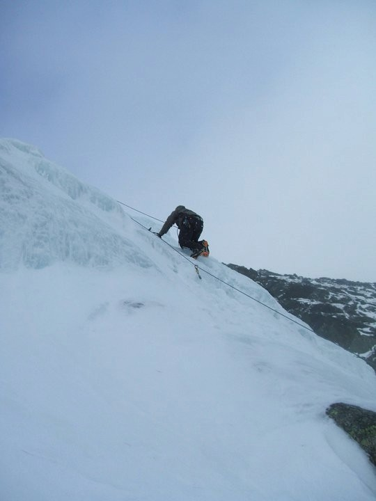 Ice climbing in hunnington
