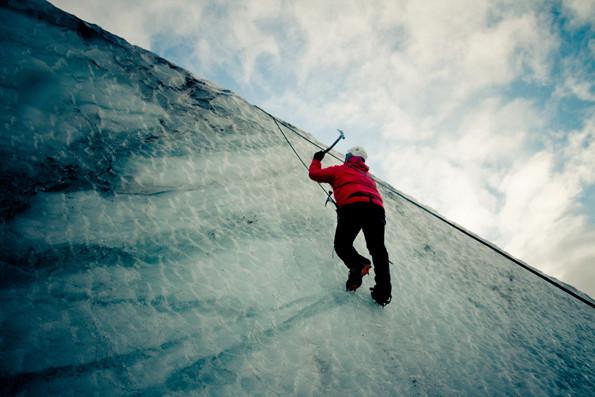 Ice climbing on M?rdalsj?kull Glacier