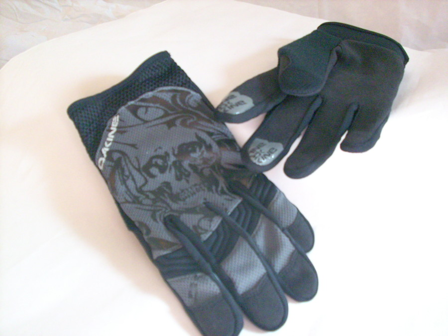 Wicked Glove