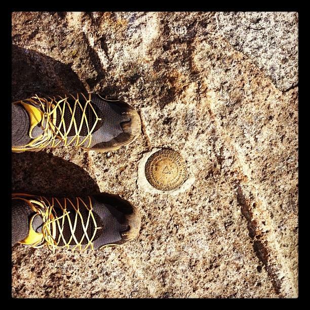 USGS marker on Cascade Mountain.