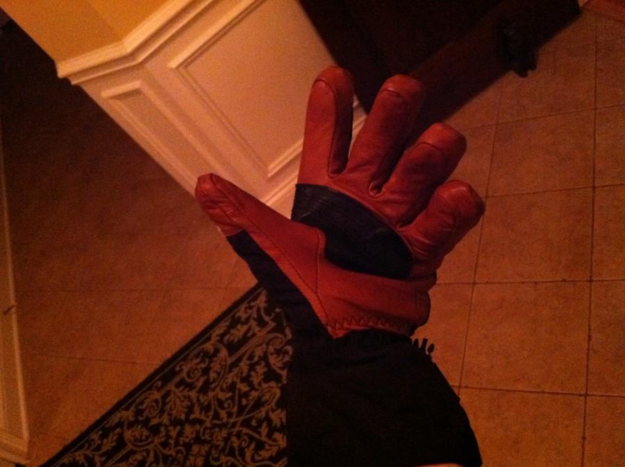Terrific $100>Glove