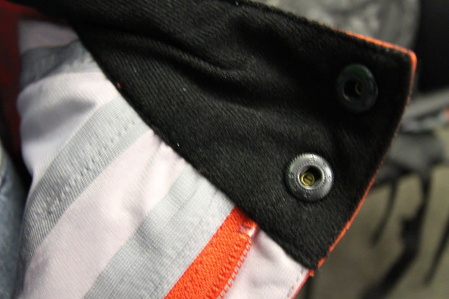 Taping/Fleece Detail
