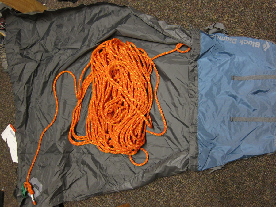 70m 9.5mm rope, open tarp
