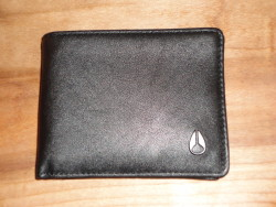 Cape Bi-Fold Wallet Black