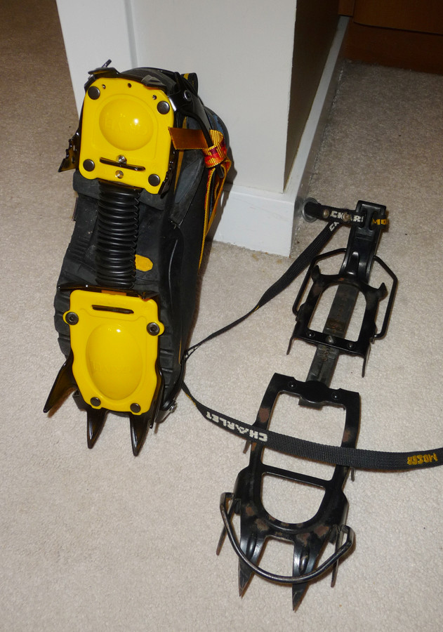 G10 base and old crampons for comparison
