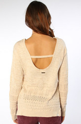 Cute scoop back!