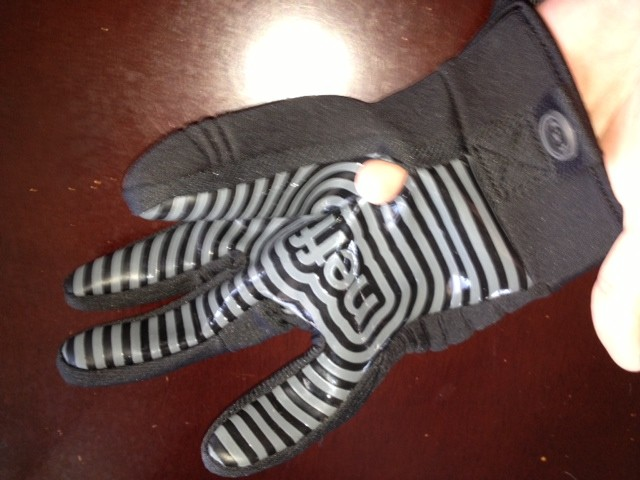 Neff daily Pipe Glove
