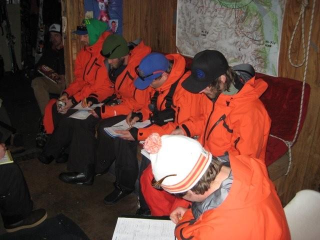 AK Heliskiing Guides