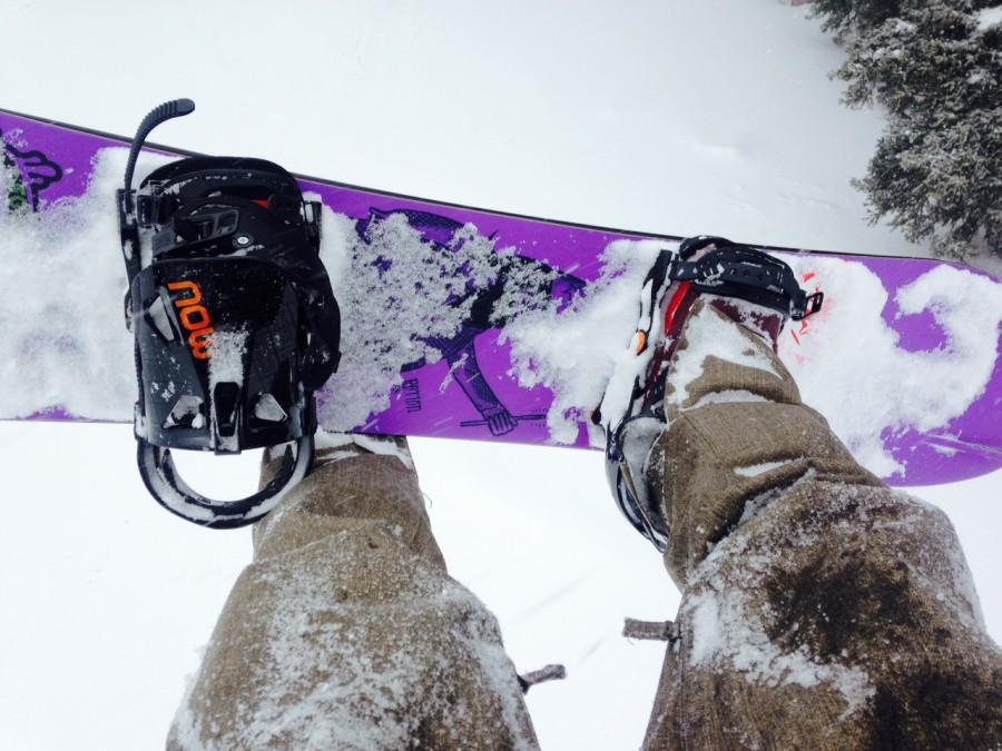 Mounts well on Burton boards! (3-D)