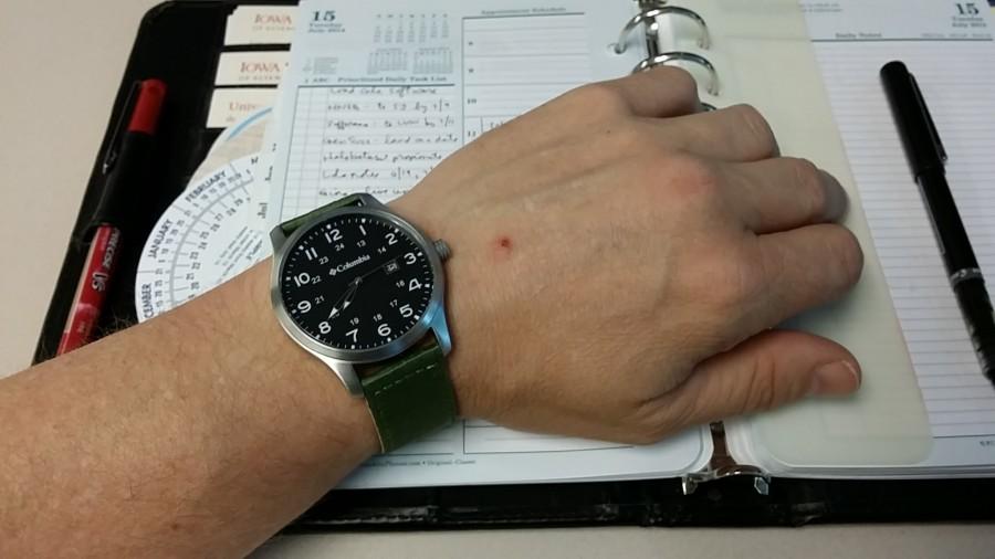 Columbia Fieldmaster Watch - Size