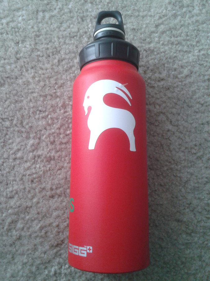 Good water bottle, dents really easy.