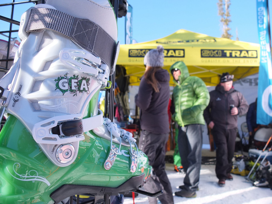 Outdoor Retailers on-snow demo day