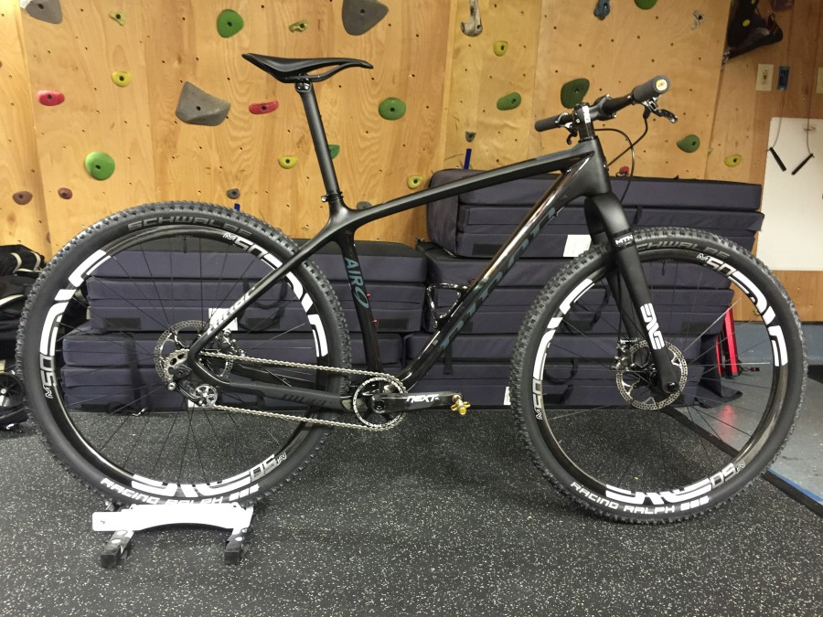 Air 9 Single Speed with Enve