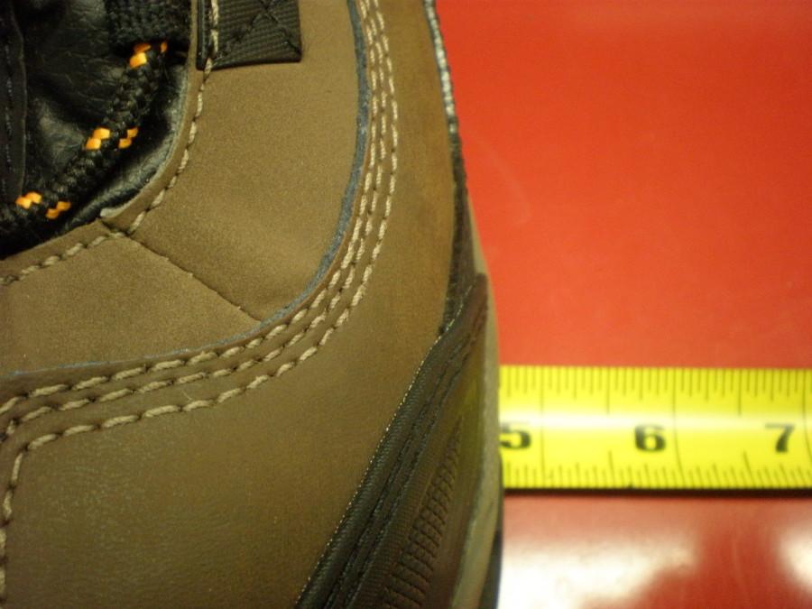 Footprint width size 12