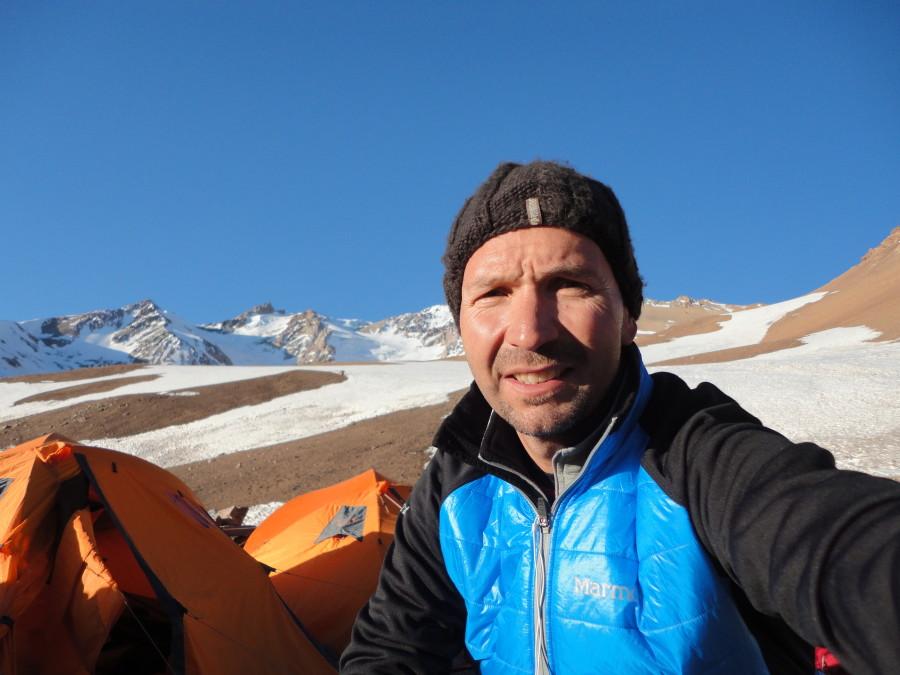 climbing Volcan Domuyo (arg)