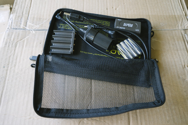 Handy pouch
