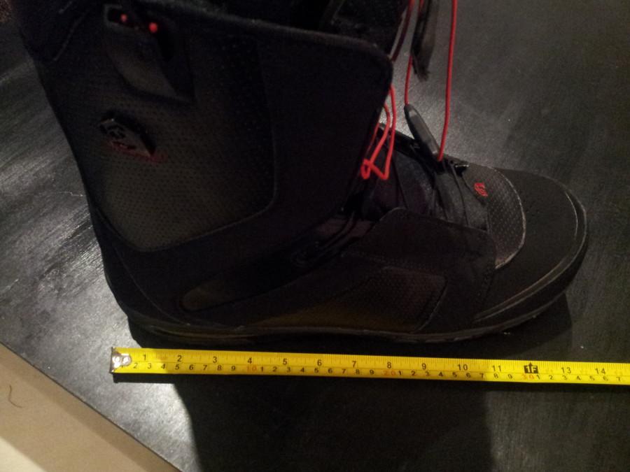Size US13 (31) Black