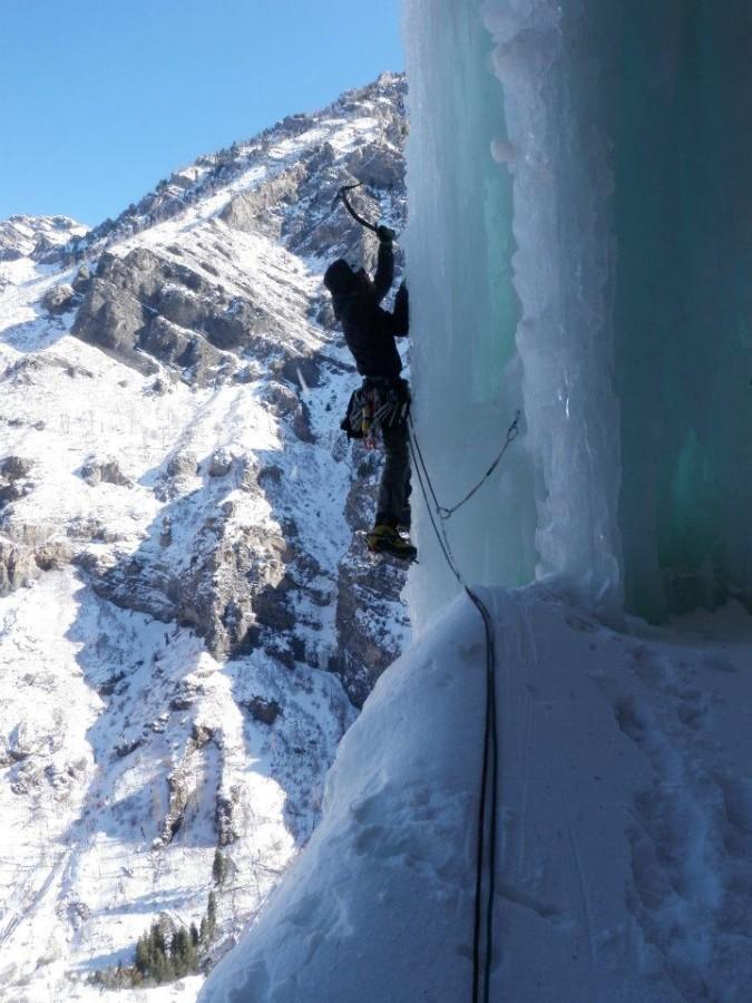 Smooth swing on steep ice