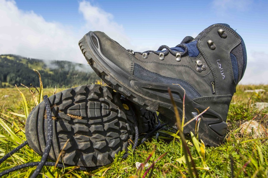 Best hiking boots!!