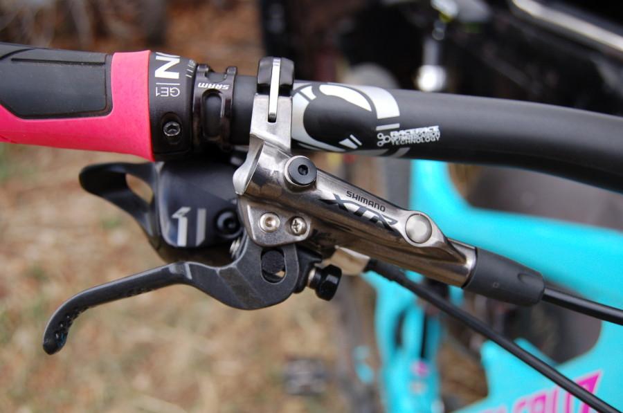 7c011a19a2e Shimano XTR M9020 Trail Brakes | Competitive Cyclist