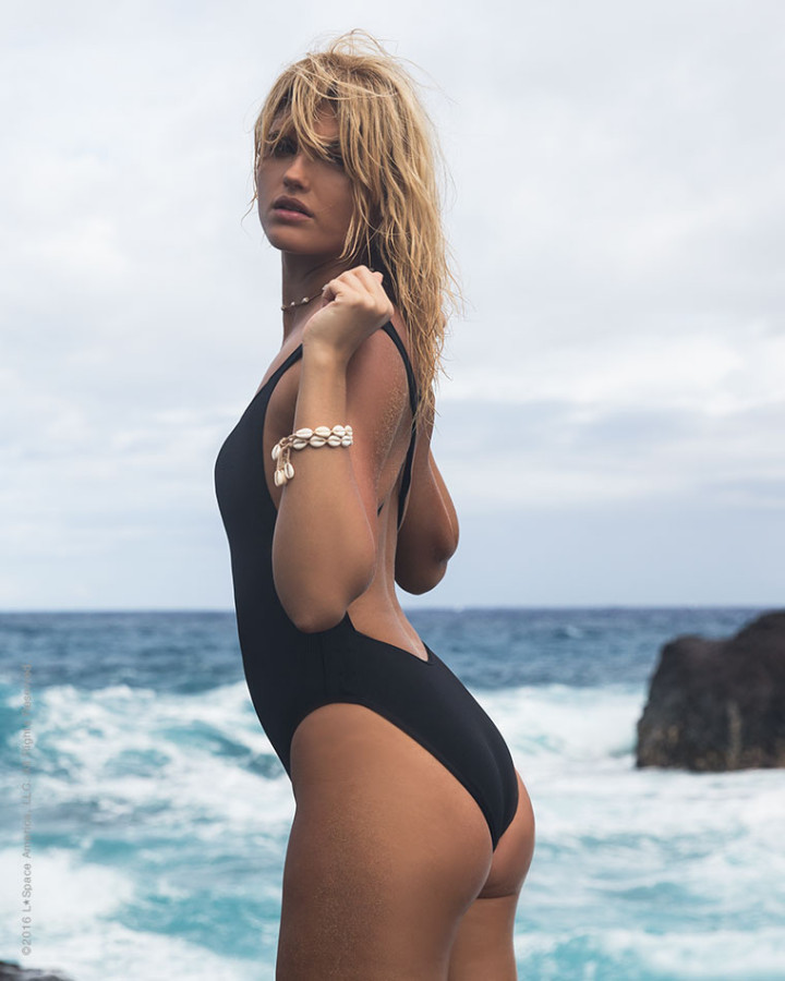 Flash One Piece Black