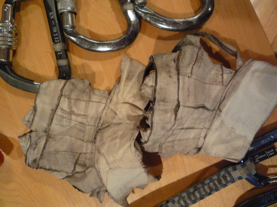 Tape gloves can be reused several times